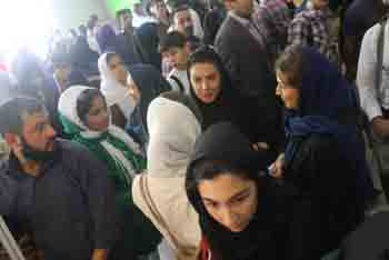 http://aamout.persiangig.com/image/Book-Fair-26-Tehran/920219/0022.JPG