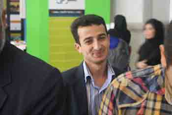 http://aamout.persiangig.com/image/Book-Fair-26-Tehran/920221/0018.JPG